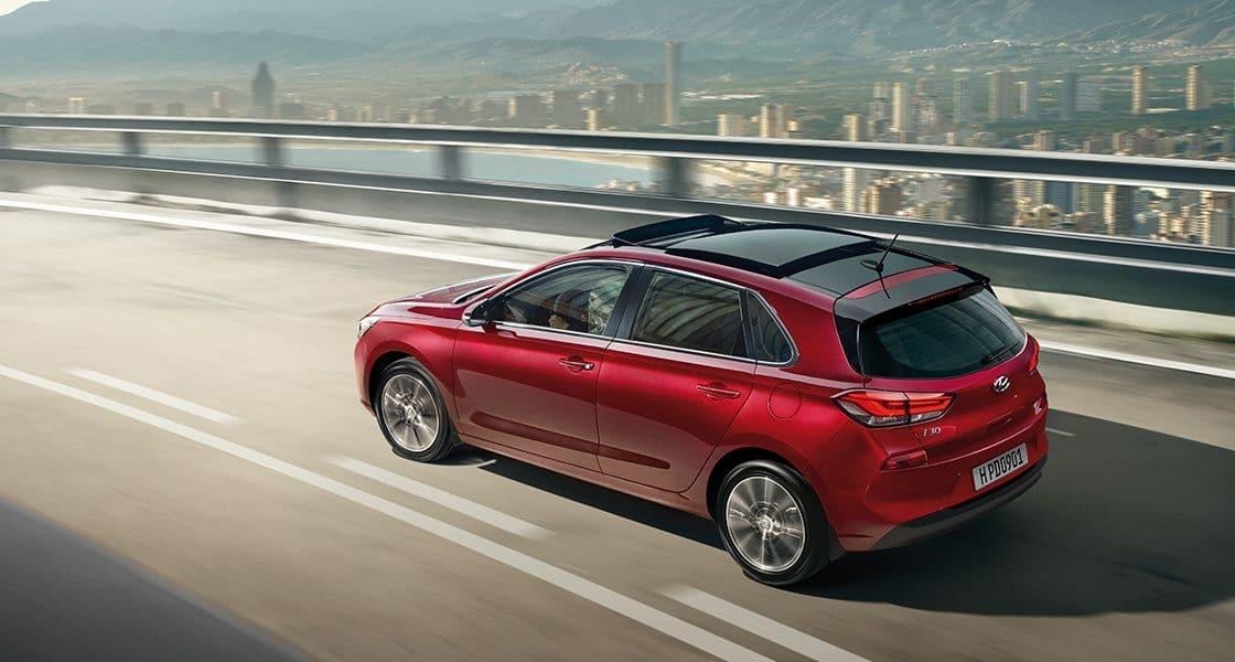 Hyundai i30 - apsolutna stabilnost na putu