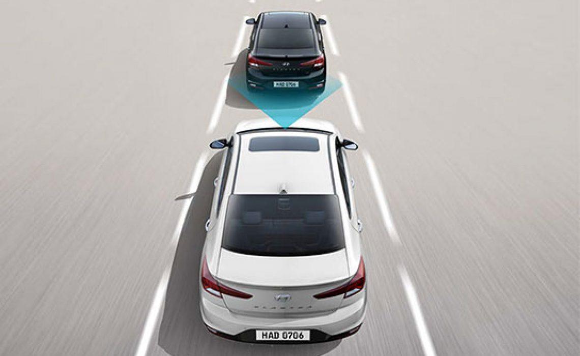 Hyundai Elantra 2019 - senzori za bezbedno odstojanje 1