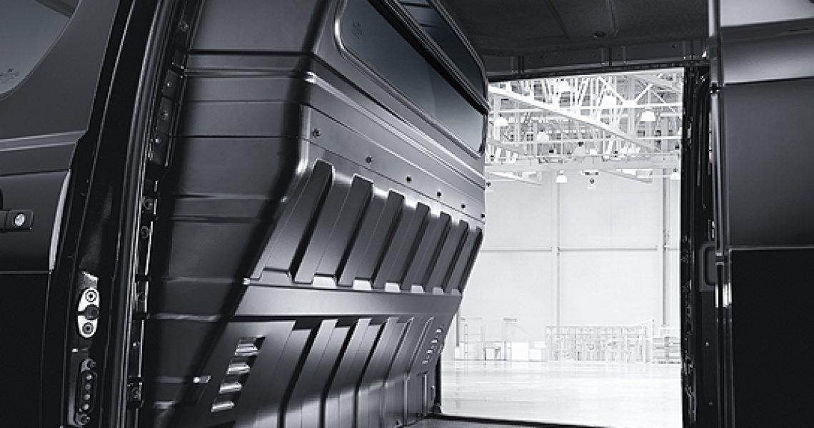 Hyundai H-1 - prostor za smeštaj stvari 1