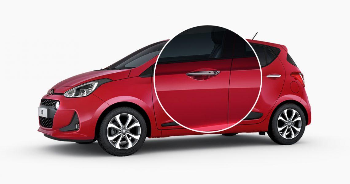 Hyundai i10 - dizajn brave na vozačevim vratima 1