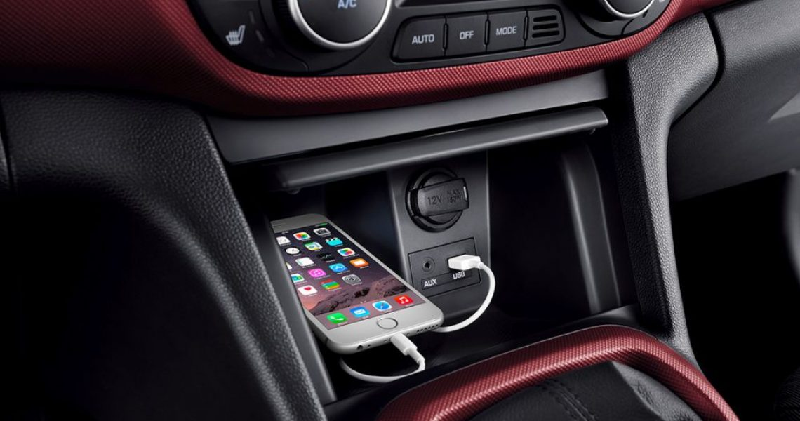 Hyundai i10 - AUX i USB ulazi za povezivanje uređaja