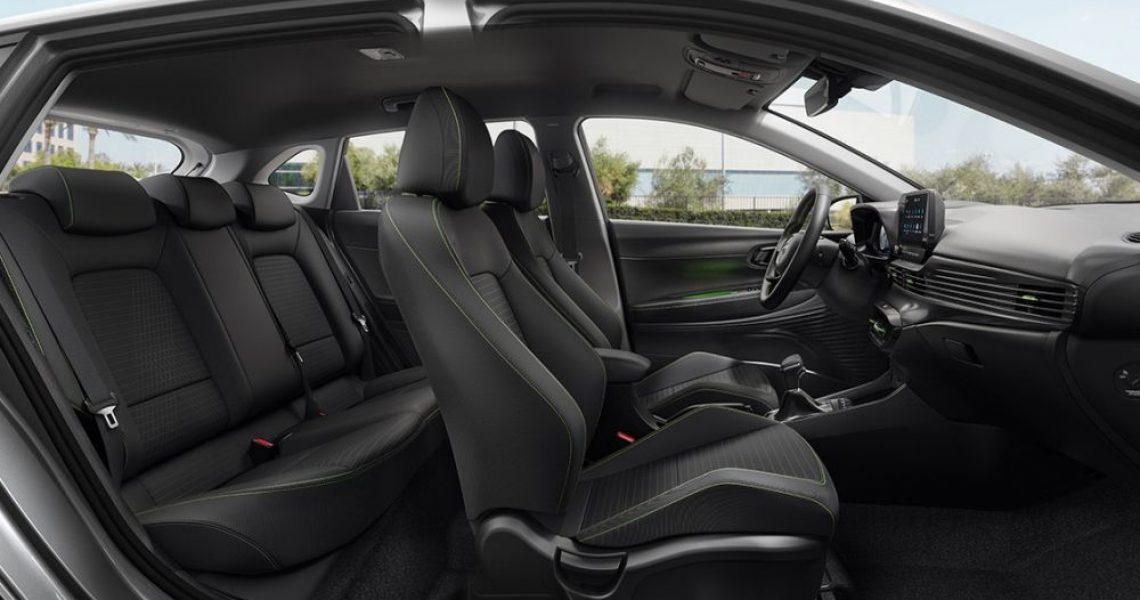 Dizajn kabine omogućava komfor na prednjoj, ali i na zadnjoj klupi