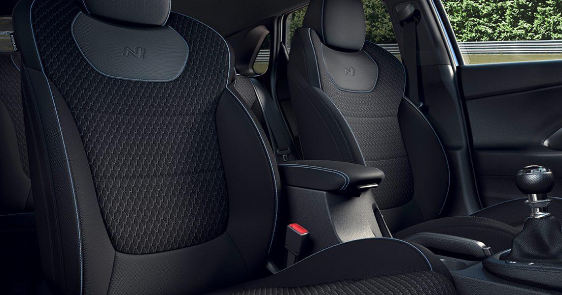 Hyundai i30 N - sportska sedišta 1